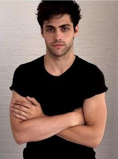 """Get your daily dose of everything related to the actor Matthew Daddario. Best known for his portrayal of Alec Lightwood on the hit Freeform show """"Shadowhunters"""". Jacob Miller, Max Miller, Alec Lightwood, Shadowhunter Alec, Shadowhunters Tv Series, Matthew Daddario Shadowhunters, Shadow Hunters, Book Characters, Attractive Men"""