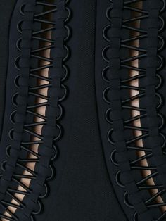 Dion Lee laced detail blazer - Best Sewing Tips Dion Lee, Couture Details, Fashion Details, Fashion Design, Fashion Guide, Fashion Fashion, Trendy Fashion, Techniques Couture, Sewing Techniques