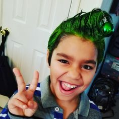 Boy Hairstyles, Hairstyles For School, Crazy Hair Boys, Christmas Dress Up, Christmas Time, Mad Men Hair, Whoville Hair, Wacky Hair Days, Roman Hair