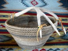 lariat basket with antler