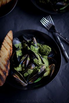 Steamed Mussels with White Wine Cilantro Pesto Sauce