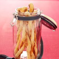 Puff Pastry Cheese Straws - Holiday Gifts - Recipes - Good Housekeeping