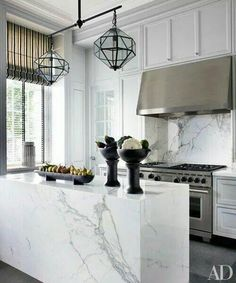 19 of the Most Stunning Modern Marble Kitchens   Kitchens ...