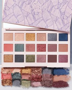 One could never have too many spoilers. Today we bring you Premium Sneak Peek 2! This month every Premium member will be getting 1 Ciate London New England Editor Palette 🤗💗 #BoxyCharm #BoxyGlamping #BoxyCharmPremium Glamping, New England, Editor, Palette, Bring It On, London, Big Ben London, Glam Camping, Pallets