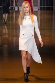 Versace Fall 2014 RTW - Review - Fashion Week - Runway, Fashion Shows and Collections - Vogue