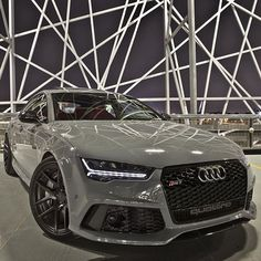 Audi RS7 ✔️ cc: @modamensfashion Photo by @auditography