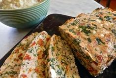 meatloaf with sundried tomato, spinach and feta turkey meatloaf with sun dried tomato, spinach and feta Turkey Dishes, Turkey Recipes, Paleo Recipes, Paleo Ideas, Chicken Meatloaf, Turkey Meatloaf, My Favorite Food, Favorite Recipes, Sundried Tomato Pasta
