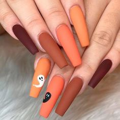 Best Of Ghost Nail Stickers halloween nail ideas matte ghost - Holloween Nails, Cute Halloween Nails, Halloween Acrylic Nails, Halloween Nail Designs, Halloween Ideas, Halloween Nail Colors, Halloween City, Halloween Horror, Cute Fall Nails
