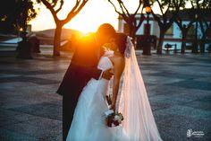 """""""Eres tú amor la luz de mi camino, y de mis atardeceres"""" Hoy os dejo con uno de los instantes mágicos de la boda de Rocío y Javi celebrada en Jerez de la Frontera. ¡Felicidades chico! Javier Romero Fotografía - www.javieromerodiaz.com #lumacatering #callesjerez #fotografodebodas #jerez #reportajes #bodas #weddingphotography #novias #bodascadiz #weddingplaner #bodasespaña #love #amor #bodasnet #wedding"""