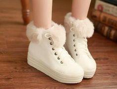 Zapatos para mujeres, de 8.40 euros http://item.taobao.com/item.htm?spm=a230r.1.14.113.Bw0pih&id=35780594829 si queria comprar, pegar el link en www.newbuybay.com para hacer pedidos