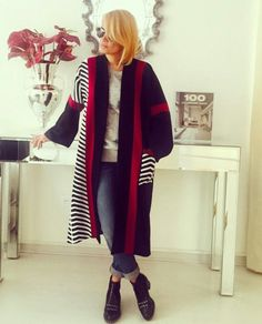 Hally collection outwear in iran - Fashion Trends 2020 Modadiaria 每日时尚趋势 2020 时尚 Iran Fashion, Fashion Details, Fashion Trends, Fashion Ideas, Islamic Clothing, Hijab Dress, Shalwar Kameez, Modest Outfits, Winter Fashion