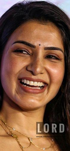 Beautiful Bollywood Actress, Most Beautiful Indian Actress, Beautiful Actresses, Samantha In Saree, Samantha Ruth, Trisha Actress, Samantha Images, Glamour Ladies, Indian Actress Gallery