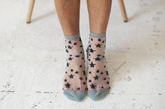 Calcetines Hop Socks. Juana transparent and black stars black. www.hopsocks.com Lucia M. Photo.
