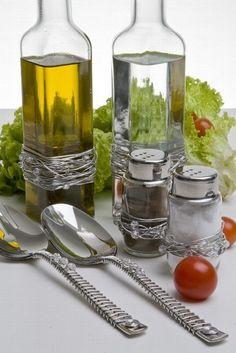 Galheteiro para azeite, vinagre, sal e pimenta