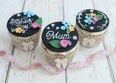 Chalkboard Cupcakes Final Shot