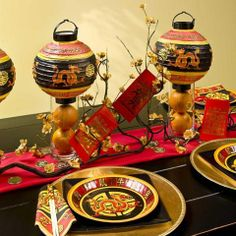 Chinese New Year decorations festive table setting centerpiece ideas lanterns tangerines - Table Settings Chinese New Year Party, Chinese New Year Decorations, New Years Decorations, New Years Party, Chinese Birthday, Kitty Party, Harry Potter Halloween, Asian Party Themes, Party Ideas
