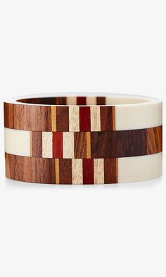 #Farbbberatung #Stilberatung #Farbenreich mit www.farben-reich.com Wood And Resin Striped Wide Bangle Bracelet