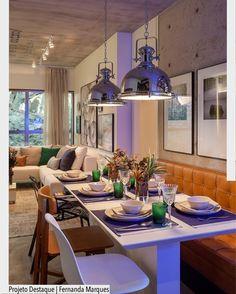 Amamos a composição de cadeiras utilizadas por Fernanda Marques nesse ambiente de sala de jantar. Destaque para o revestimento em concreto rústico aplicado na parede e teto. Ad http://ift.tt/1U7uuvq arqdecoracao arqdecoracao @arquiteturadecoracao @acstudio.arquitetura #arquiteturadecoracao #olioliteam #canalolioli #instagrambrasil #decor #arquitetura #adsaladejantar #saladejantar #fernandamarques