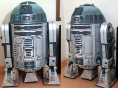 :) iffin your a nerd like me  you must check this site out holly crap , and I loooooooves me some pepakura , Life-size Papercraft R2-D2 | Tektonten Papercraft
