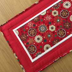 Lovely red Christmas Table Runner - ready to ship in time for the Festive season!