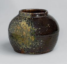 Oil jar, Edo period, 18th century, Tanba (丹波) ware, H. 15.3 cm