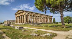 Paestum met zijn Griekse tempelcomplexen