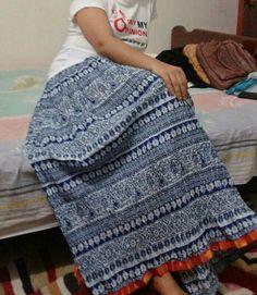 Long skirt of Shu