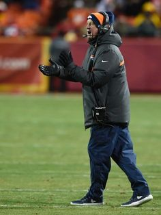 Take a look at the best shots from the second half in Arrowhead Stadium, where the Broncos finished off a victory. Broncos Vs, Denver Broncos, Nfl Coaches, Arrowhead Stadium, Orange Crush, Football Team, Coaching, Two By Two, Fan