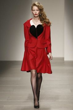 Vivienne Westwood Red Label Ready To Wear Fall Winter 2014 London - NOWFASHION