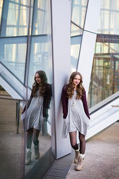 Senior Photography Posing Modern Downtown Photos Portraits | Female Photography | Calgary Alberta | Reflections | Modern Building