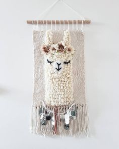 L size *llama sleepy eyes wallhanging woven wall decor nursery kidsroom alpaca wallhanging big version handmade and unique with /without sequins ** also okay! just mention it when u order:) worldwide shipping Loom Weaving, Hand Weaving, Arts And Crafts, Diy Crafts, Woven Wall Hanging, Hanging Tapestry, Nursery Wall Decor, Kidsroom, Etsy