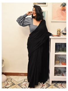 Sari Blouse Designs, Fancy Blouse Designs, Sleeves Designs For Dresses, Saree Jacket Designs Latest, Latest Kurti Designs, New Saree Designs, Saree Blouse Patterns, Skirt Patterns, Coat Patterns