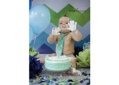 It is a fantastic way to celebrate birthday. Beautiful Moments, Cake Smash, Birthday Cake, Photography, Cake Smash Cakes, Birthday Cakes, Photograph, Photo Shoot, Fotografie