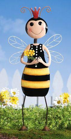 Amazon.com: Collections Etc - Queen Bee Decorative Metal Garden Lawn Stake: Patio, Lawn & Garden