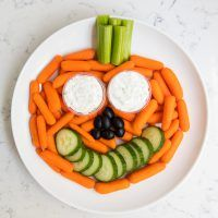 Our favorite Halloween snack ideas for school …cute, easy, non-candy ideas that kids will love! This post is sponsored byCapri Sun.All opinions are my own. Check out their website for more information. MY OTHER RECIPES Pumpkin vegetable platter +our favorite Halloween snack ideas for school …cute, easy, non-candy ideas that kids will love!How did Halloween …