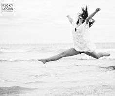 Dance Photography, Splits, Incredible Black &White Dance Photo on Beach