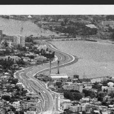 [Vista aérea de la Avenida Baldorioty de Castro en Santurce, desde el sector de la Parada 24 hasta la Laguna del Condado] :: Fotos El Mundo 40-68