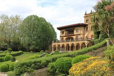 Palace in Neguri - Getxo - Bizkaia  I walked around this and have photos with family!