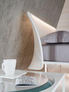 Dettaglioi - testa del letto Essentia: con rivestimento in tessuto tecnico e illuminazione a led. #fluo #letto #homedecor #interiordesign