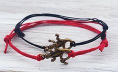 Climbers Bracelet Valentine Day Couples Gifts Lizard by ByOliveFR #lizard #bracelets #friendshipbracelets #couplesbracelet #valentinesdaygifts #giftsunder10