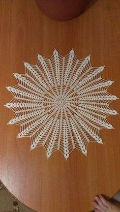 Crochet Art: Crochet Doilies P Free Crochet Doily Patterns, Crochet Doily Diagram, Crochet Motifs, Crochet Art, Crochet Home, Thread Crochet, Irish Crochet, Crochet Designs, Crochet Stitches