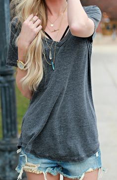 comfy boyfriend tees for the summer