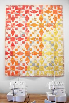 """""""Sunrise"""" Vanessa Christenson of V and CO Ombre Quilts at Modern Domestic Quilt Gallery Source by clothing Star Quilt Patterns, Star Quilts, Scrappy Quilts, Mini Quilts, Baby Quilts, Quilting Fabric, Quilting Ideas, Storm At Sea Quilt, Modern Quilting Designs"""