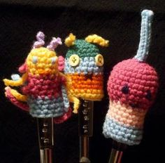 10 Finger Puppet FREE Crochet Patterns: Wiggly Finger Puppets Free Crochet Pattern