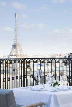 The Oiseau Blanc terrace restaurant at The Peninsula Paris Hôtel, France Peninsula Paris, Peninsula Hotel, Best Restaurants In Paris, Paris Hotels, Romantic Escapes, Most Romantic, Romantic Paris, Paris Balcony, Destinations