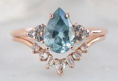 Dream Engagement Rings, Gemstone Engagement Rings, Vintage Engagement Rings, Vintage Rings, Salt And Pepper Diamond, Pretty Rings, Dream Ring, Engraved Rings, Sapphire Diamond