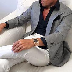 Stylish Wedding Suit Styles For Nigerian Men Mens Fashion Suits, Blazer Fashion, Mens Suits, Stylish Men, Men Casual, Stylish Clothes For Men, Wedding Suit Styles, Best Suits For Men, Blue Suit Men