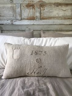 Pillow Sack Ideas: Farmers Market Feed Sack Pillow   this website has a ton a country    ,