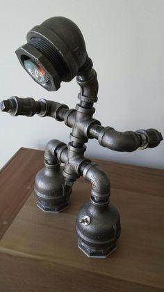 Lámpara de tubo industrial por WalkerIndustrial en Etsy Más