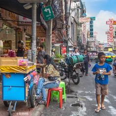 Busy streets of Chinatown in Bangkok, Thailand